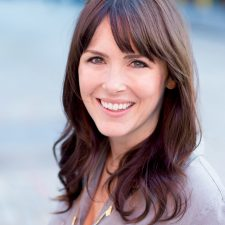 125: Angela Popplewell on the Power of Storytelling